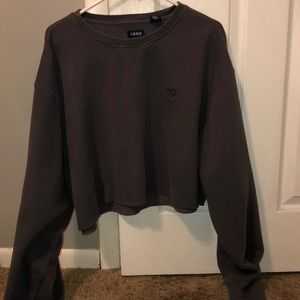Izod Gray Cropped Sweatshirt